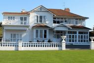 F.A.W.C! Coastal Estate Produce to Plate Brunch.