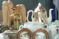 Magpie Market - Antiques, Collectibles and Crafts.